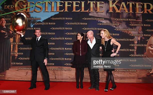 Actors Antonio Banderas Salma Hayek Christian Berkel and Andrea Sawatzki attend the German Premiere 'Der Gestiefelte Kater' at CineStar on November...