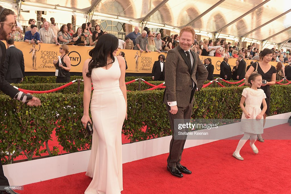 Actors Ariel Winter Jesse Tyler Ferguson and Aubrey AndersonEmmons attend TNT's 21st Annual Screen Actors Guild Awards at The Shrine Auditorium on...