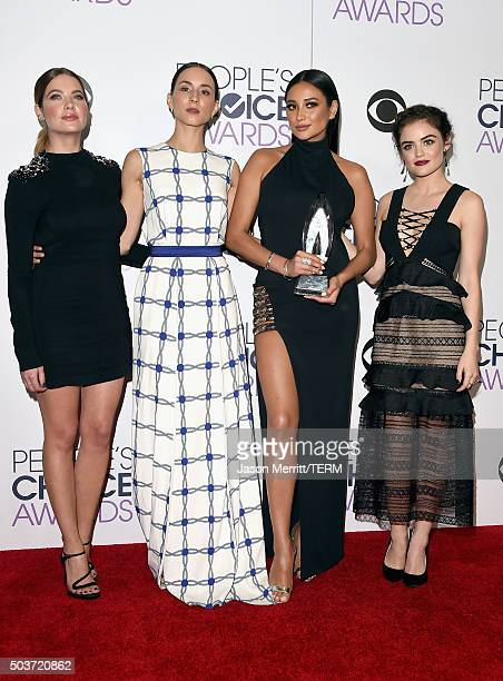 Actors Ashley Benson Troian Bellisario Shay Mitchell and Lucy Hale winners of Favorite Cable TV Drama for 'Pretty Little Liars' pose in the press...