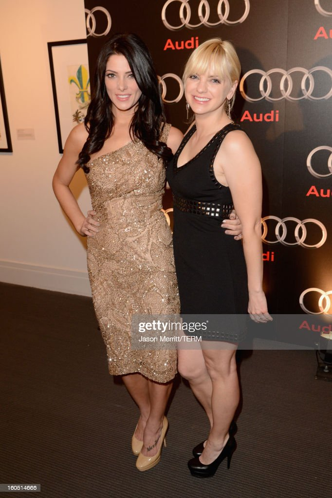 Actors Ashley Greene and Anna Faris attend the Audi Forum New Orleans at the Ogden Museum of Southern Art on February 1, 2013 in New Orleans, Louisiana.