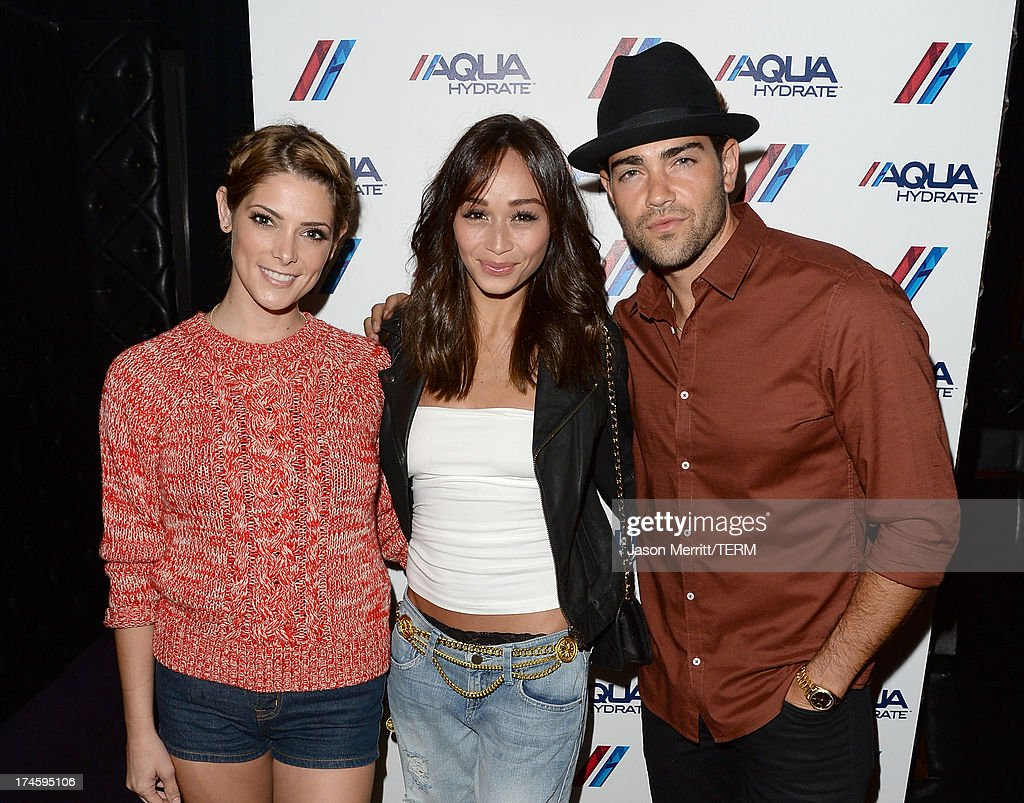 Actors <a gi-track='captionPersonalityLinkClicked' href=/galleries/search?phrase=Ashley+Greene&family=editorial&specificpeople=781552 ng-click='$event.stopPropagation()'>Ashley Greene</a>, <a gi-track='captionPersonalityLinkClicked' href=/galleries/search?phrase=Cara+Santana&family=editorial&specificpeople=4311902 ng-click='$event.stopPropagation()'>Cara Santana</a>, and <a gi-track='captionPersonalityLinkClicked' href=/galleries/search?phrase=Jesse+Metcalfe&family=editorial&specificpeople=208805 ng-click='$event.stopPropagation()'>Jesse Metcalfe</a> attend a private event at Hyde Lounge for the Bruno Mars & Ellie Goulding concert hosted by AQUAhydrate at The Staples Center on July 27, 2013 in Los Angeles, California.