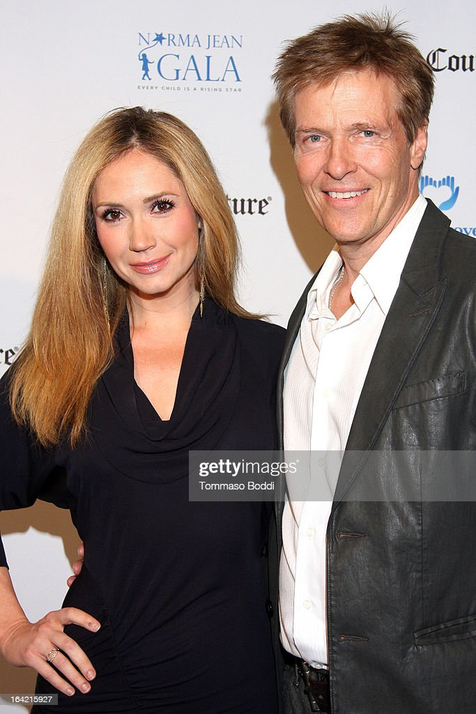 Actors Ashley Jones (L) and Jack Wagner attend the 1st Annual Norma Jean Gala held at the TCL Chinese Theatre on March 20, 2013 in Hollywood, California.