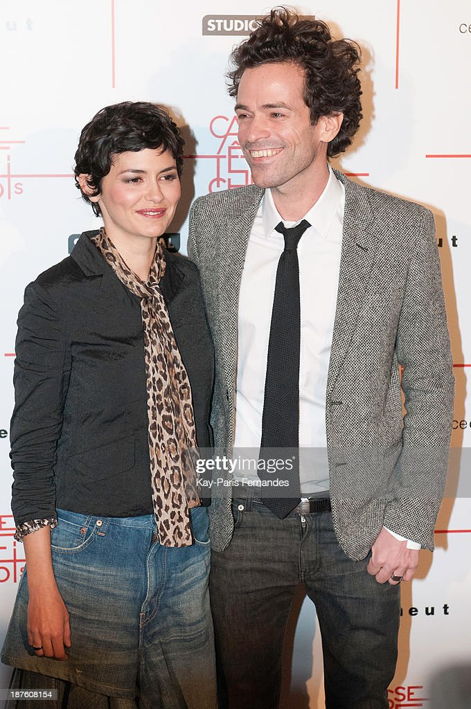 Actors <a gi-track='captionPersonalityLinkClicked' href=/galleries/search?phrase=Audrey+Tautou&family=editorial&specificpeople=212727 ng-click='$event.stopPropagation()'>Audrey Tautou</a> and <a gi-track='captionPersonalityLinkClicked' href=/galleries/search?phrase=Romain+Duris&family=editorial&specificpeople=224936 ng-click='$event.stopPropagation()'>Romain Duris</a> attends the 'Casse Tete Chinois' Paris Premiere at Le Grand Rex on November 10, 2013 in Paris, France.