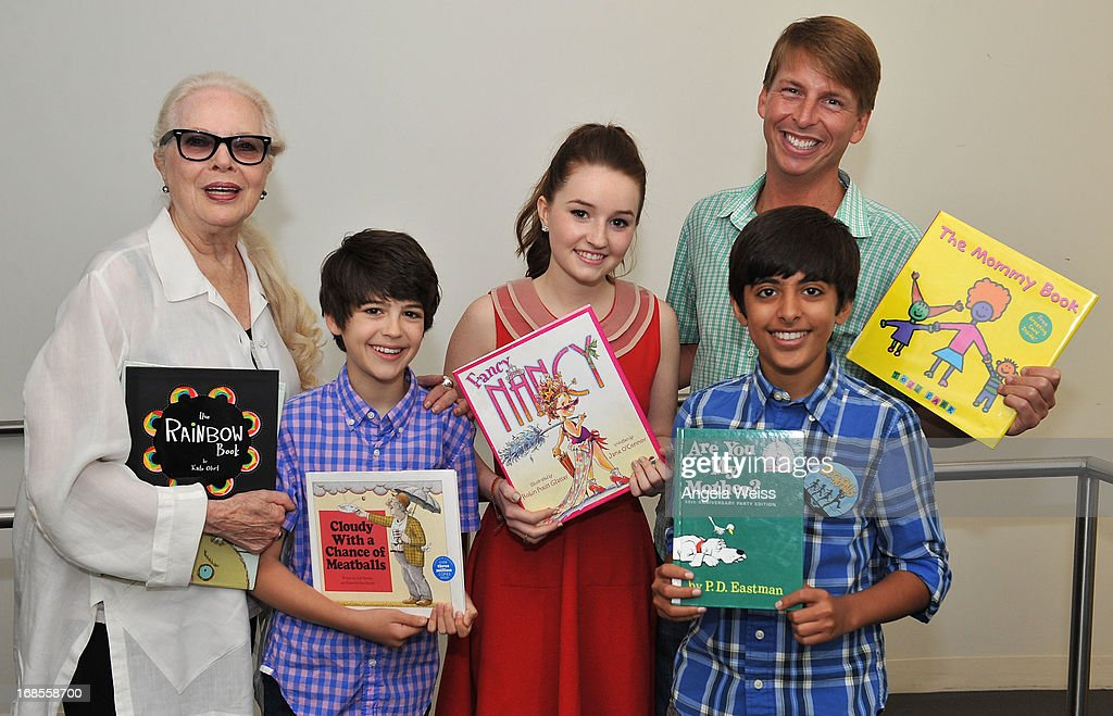 Actors <a gi-track='captionPersonalityLinkClicked' href=/galleries/search?phrase=Barbara+Bain&family=editorial&specificpeople=540059 ng-click='$event.stopPropagation()'>Barbara Bain</a>, Joshua Rush, Kaitlyn Dever, Karan Brar and <a gi-track='captionPersonalityLinkClicked' href=/galleries/search?phrase=Jack+McBrayer&family=editorial&specificpeople=4100664 ng-click='$event.stopPropagation()'>Jack McBrayer</a> (R) attend the Screen Actors Guild Foundation 20 Years Of BookPALS celebration at West Hollywood City Council Chamber on May 11, 2013 in West Hollywood, California.