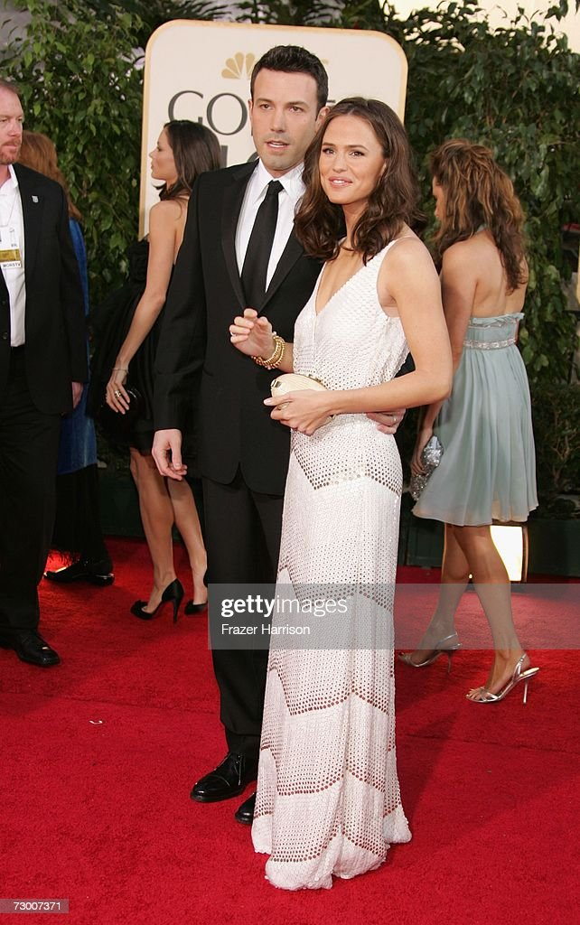 Actors Ben Affleck and Jennifer Garner arrive at the 64th Annual Golden Globe Awards at the Beverly Hilton on January 15 2007 in Beverly Hills...