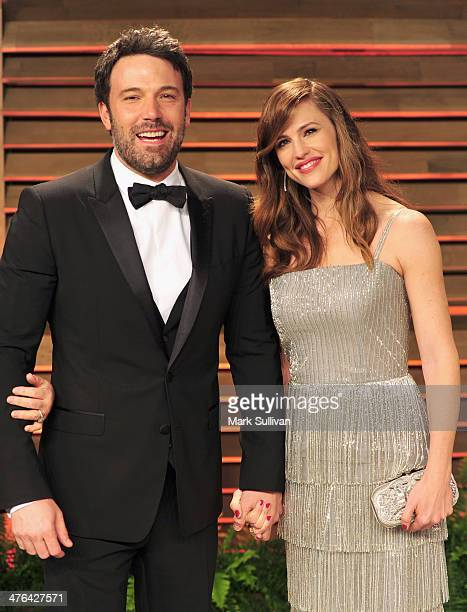 Actors Ben Affleck and Jennifer Garner arrive for the 2014 Vanity Fair Oscar Party hosted by Graydon Carter on March 2 2014 in West Hollywood...