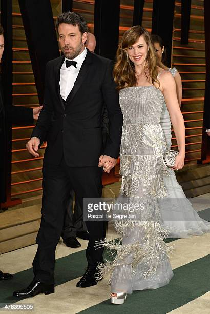 Actors Ben Affleck and Jennifer Garner attend the 2014 Vanity Fair Oscar Party hosted by Graydon Carter on March 2 2014 in West Hollywood California