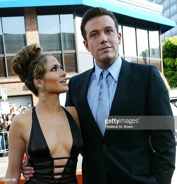 Actors Ben Affleck and Jennifer Lopez attend the premiere of Revolution Studios' and Columbia Pictures' film 'Gigli' at the Mann National Theatre...