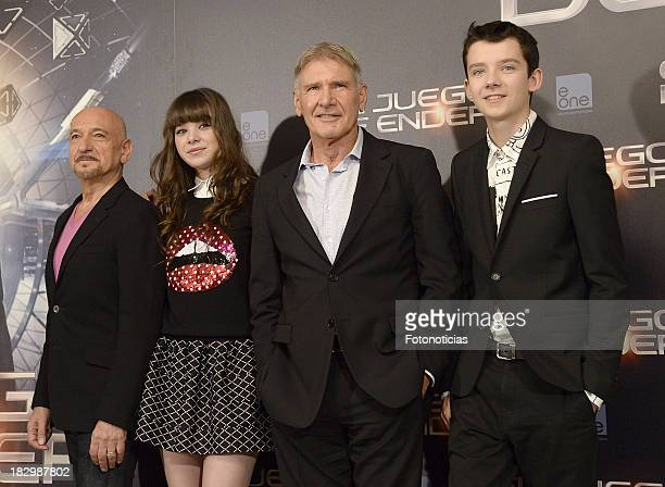 Actors Ben Kingsley Hailee Steinfeld Harrison Ford and Asa Butterfield attend a photocall for 'Ender's Game' at Villamagna Hotel on October 3 2013 in...