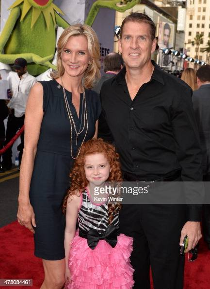 Actors Beth Littleford Francesca Capaldi and Regan Burns arrive for the premiere of Disney's 'Muppets Most Wanted' at the El Capitan Theatre on March...