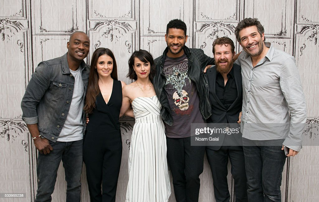 Actors B.J. Britt, <a gi-track='captionPersonalityLinkClicked' href=/galleries/search?phrase=Shiri+Appleby&family=editorial&specificpeople=240294 ng-click='$event.stopPropagation()'>Shiri Appleby</a>, <a gi-track='captionPersonalityLinkClicked' href=/galleries/search?phrase=Constance+Zimmer&family=editorial&specificpeople=217359 ng-click='$event.stopPropagation()'>Constance Zimmer</a>, Jeffrey Bowyer-Chapman, Josh Kelly and <a gi-track='captionPersonalityLinkClicked' href=/galleries/search?phrase=Craig+Bierko&family=editorial&specificpeople=216357 ng-click='$event.stopPropagation()'>Craig Bierko</a> visit AOL Build to discuss 'UnREAL' at AOL Studios In New York on May 24, 2016 in New York City.