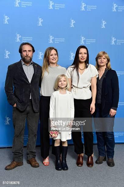 Actors Bjarne Maedel Julia Jentsch Emilia Pieske director Anne Zohra Berrached and actress Johanna Gastdorf attend the '24 Wochen' photo call during...