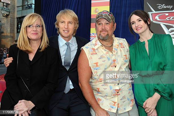 Actors Bonnie Hunt Owen Wilson Daniel Lawrence Whitney aka Larry the Cable Guy and Emily Mortimer arrive at the premiere of 'Cars 2' presented by...