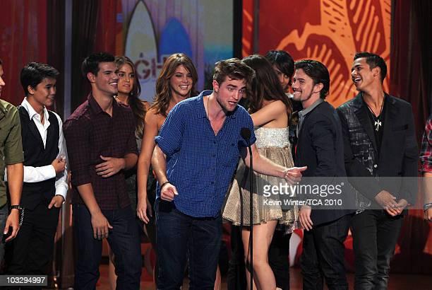 Actors Booboo Stewart Taylor Lautner Nikki Reed Ashley Greene Robert Pattinson Jackson Rathbone and Bronson Pelletier accept the Twilight awards...