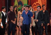 Actors Booboo Stewart Taylor Lautner Nikki Reed Ashley Greene Robert Pattinson Jackson Rathbone and Bronson Pelletier accept the Twilight awards...