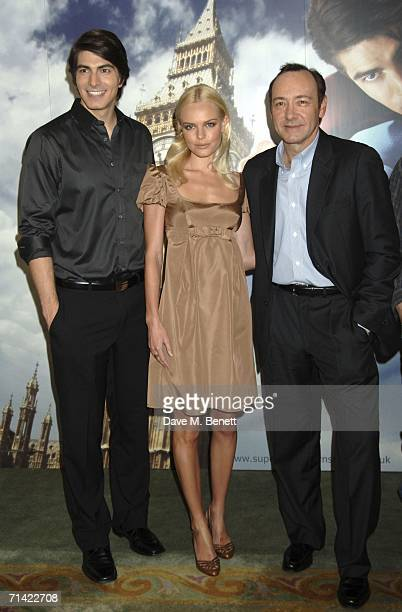 Actors Brandon Routh Kate Bosworth and Kevin Spacey attend the photocall of 'Superman Returns' held at the Dorchester Hotel on July 12 2006 in London...