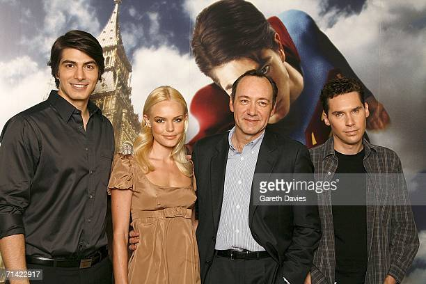 Actors Brandon Routh Kate Bosworth Kevin Spacey and director Brian Singer attend the photocall of 'Superman Returns' held at the Dorchester Hotel on...