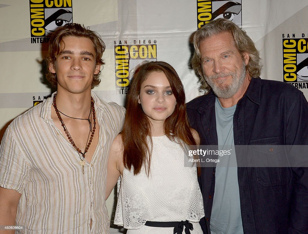 Actors Brenton Thwaites Odeya Rush and Jeff Bridges attend the 'The Giver' presentation during ComicCon International 2014 at the San Diego...
