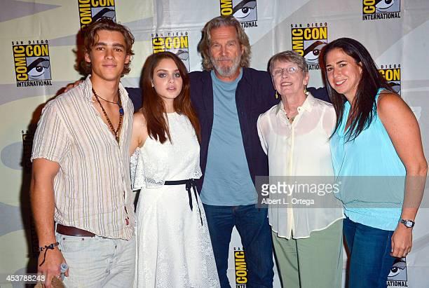 Actors Brenton Thwaites Odeya Rush Jeff Bridges author Lois Lowry and producer Nikki Silver at 'The Giver' Presentation ComicCon International 2014...
