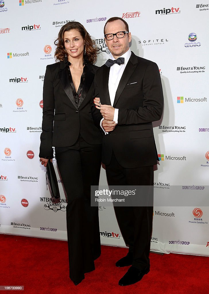 Actors <a gi-track='captionPersonalityLinkClicked' href=/galleries/search?phrase=Bridget+Moynahan&family=editorial&specificpeople=204689 ng-click='$event.stopPropagation()'>Bridget Moynahan</a> (L) and <a gi-track='captionPersonalityLinkClicked' href=/galleries/search?phrase=Donnie+Wahlberg&family=editorial&specificpeople=220537 ng-click='$event.stopPropagation()'>Donnie Wahlberg</a> attend the 40th International Emmy Awards on November 19, 2012 in New York City.
