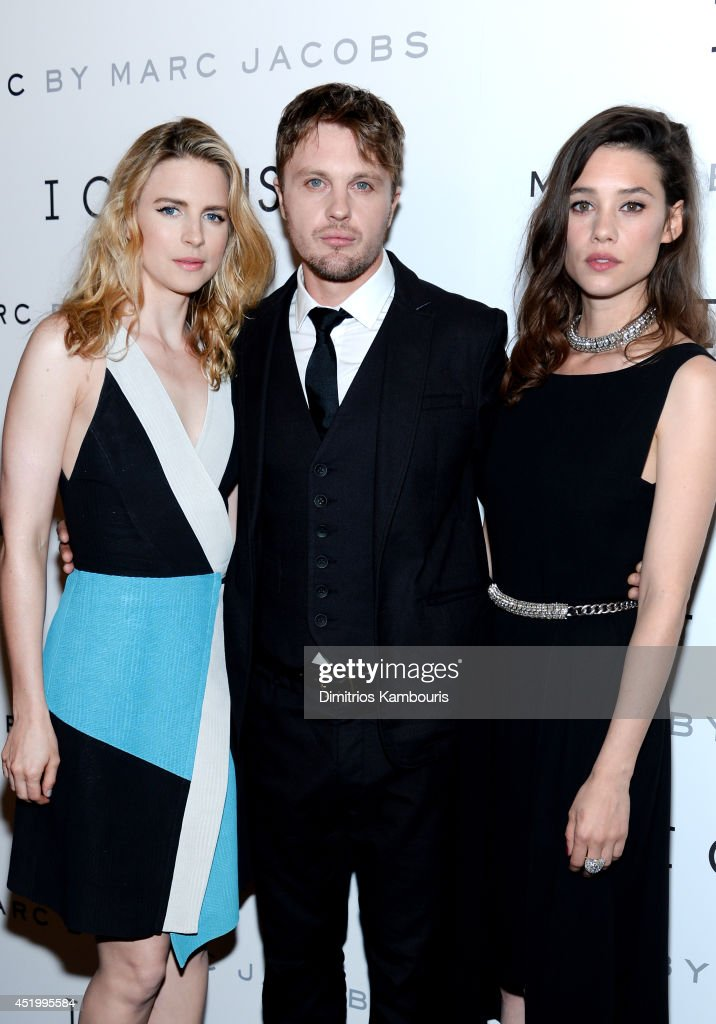 Actors <a gi-track='captionPersonalityLinkClicked' href=/galleries/search?phrase=Brit+Marling&family=editorial&specificpeople=701867 ng-click='$event.stopPropagation()'>Brit Marling</a>, <a gi-track='captionPersonalityLinkClicked' href=/galleries/search?phrase=Michael+Pitt&family=editorial&specificpeople=207164 ng-click='$event.stopPropagation()'>Michael Pitt</a>, and Astrid Bergès-Frisbey attend the 'I Origins' screening at Sunshine Landmark on July 10, 2014 in New York City.