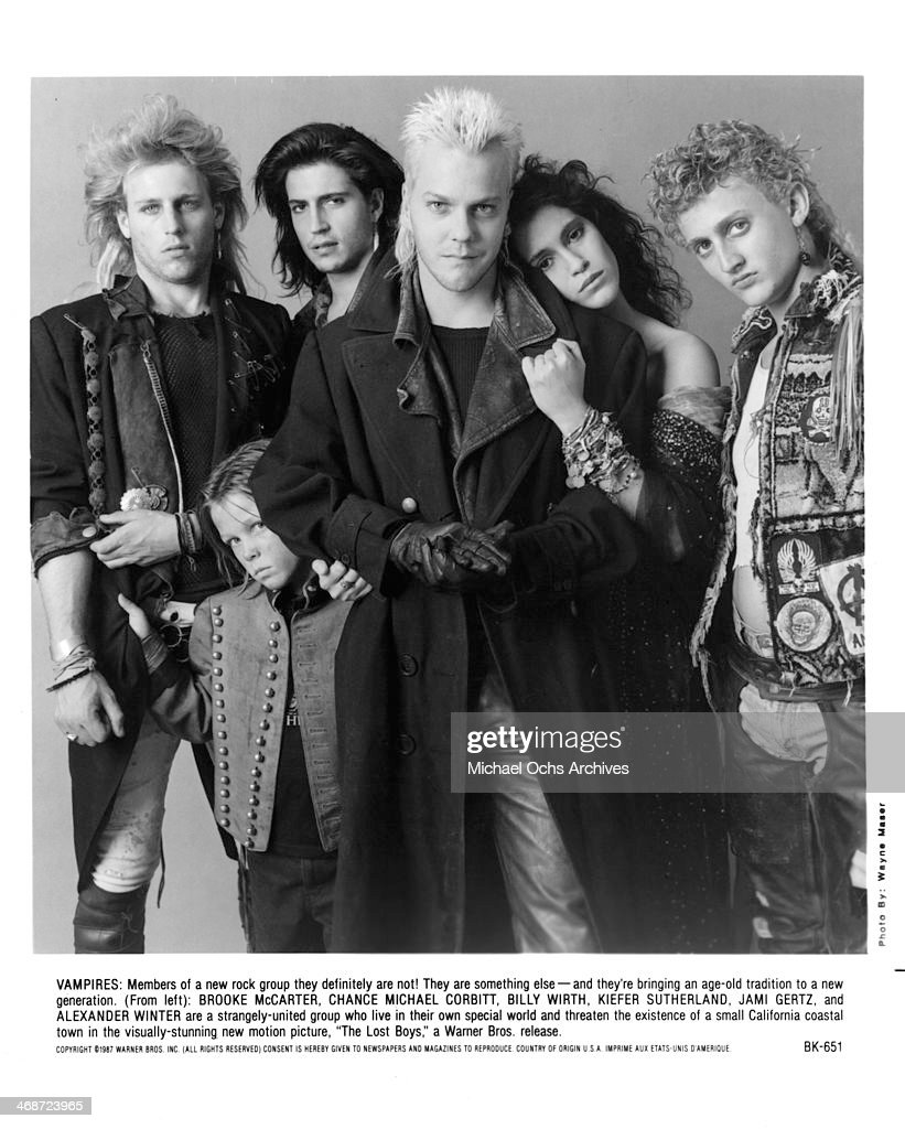 Actors Brooke McCarter Chance Michael Corbitt Billy Wirth Kiefer Sutherland Jami Gertz and Alex Winter pose for the Warner Bros movie 'The Lost Boys...