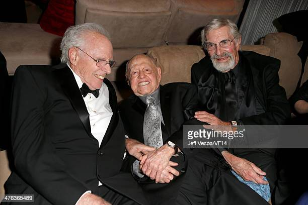 Actors Bruce Dern Mickey Rooney and Martin Landau attend the 2014 Vanity Fair Oscar Party Hosted By Graydon Carter on March 2 2014 in West Hollywood...