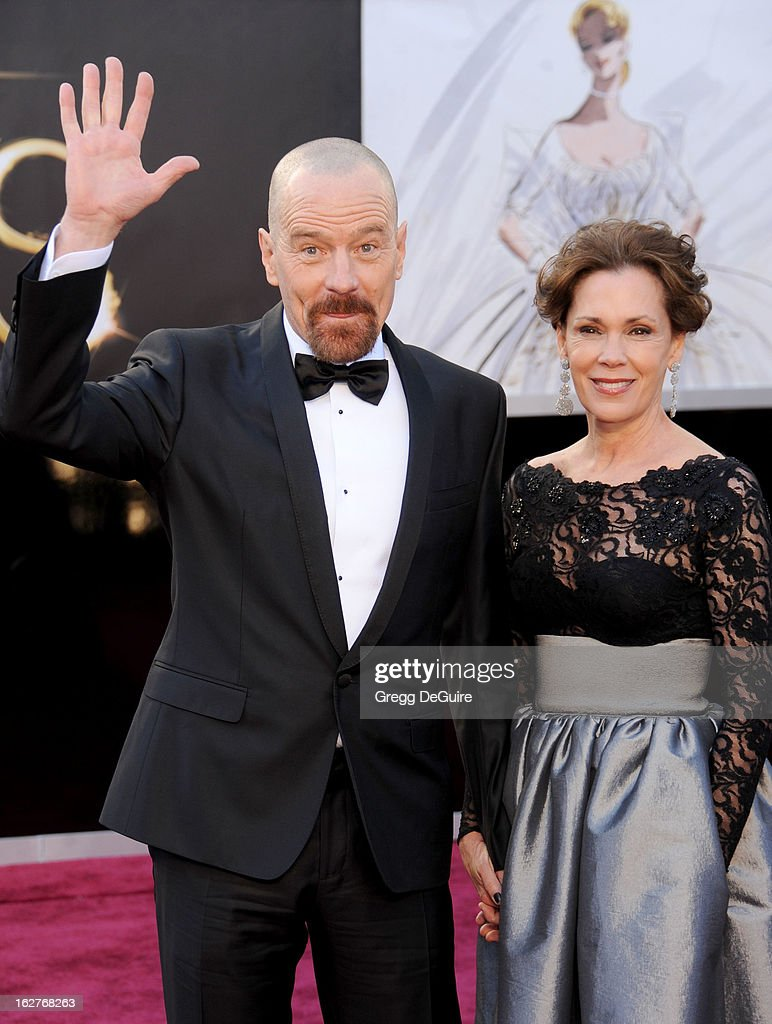 Actors Bryan Cranston and wife Robin Dearden arrive at the Oscars at Hollywood & Highland Center on February 24, 2013 in Hollywood, California.