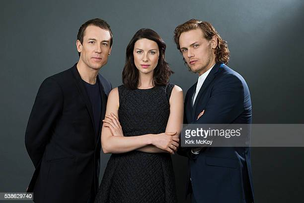 Actors Caitriona Balfe Tobias Menzies and Sam Heughan of STARZ's 'Outlander' are photographed for Los Angeles Times on March 26 2016 in Los Angeles...