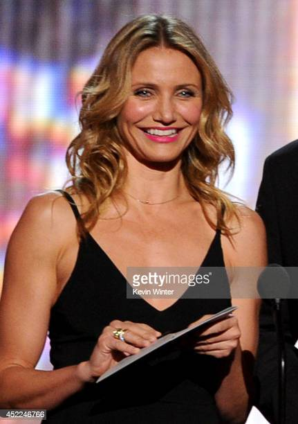 Actors Cameron Diaz and Jason Segel speak onstage during the 2014 ESPYS at Nokia Theatre LA Live on July 16 2014 in Los Angeles California