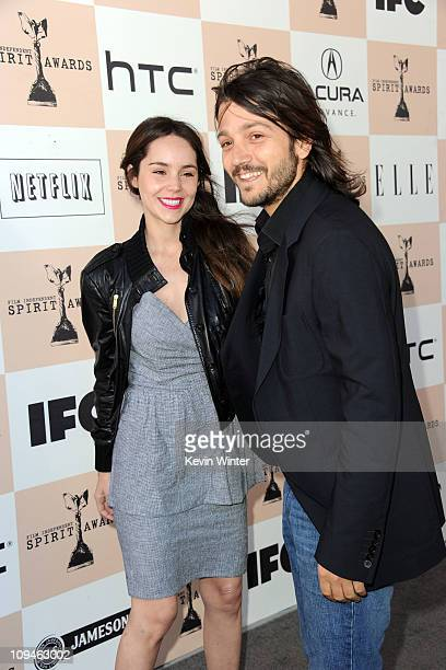 Actors Camila Sodi and Diego Luna arrive at the 2011 Film Independent Spirit Awards at Santa Monica Beach on February 26 2011 in Santa Monica...