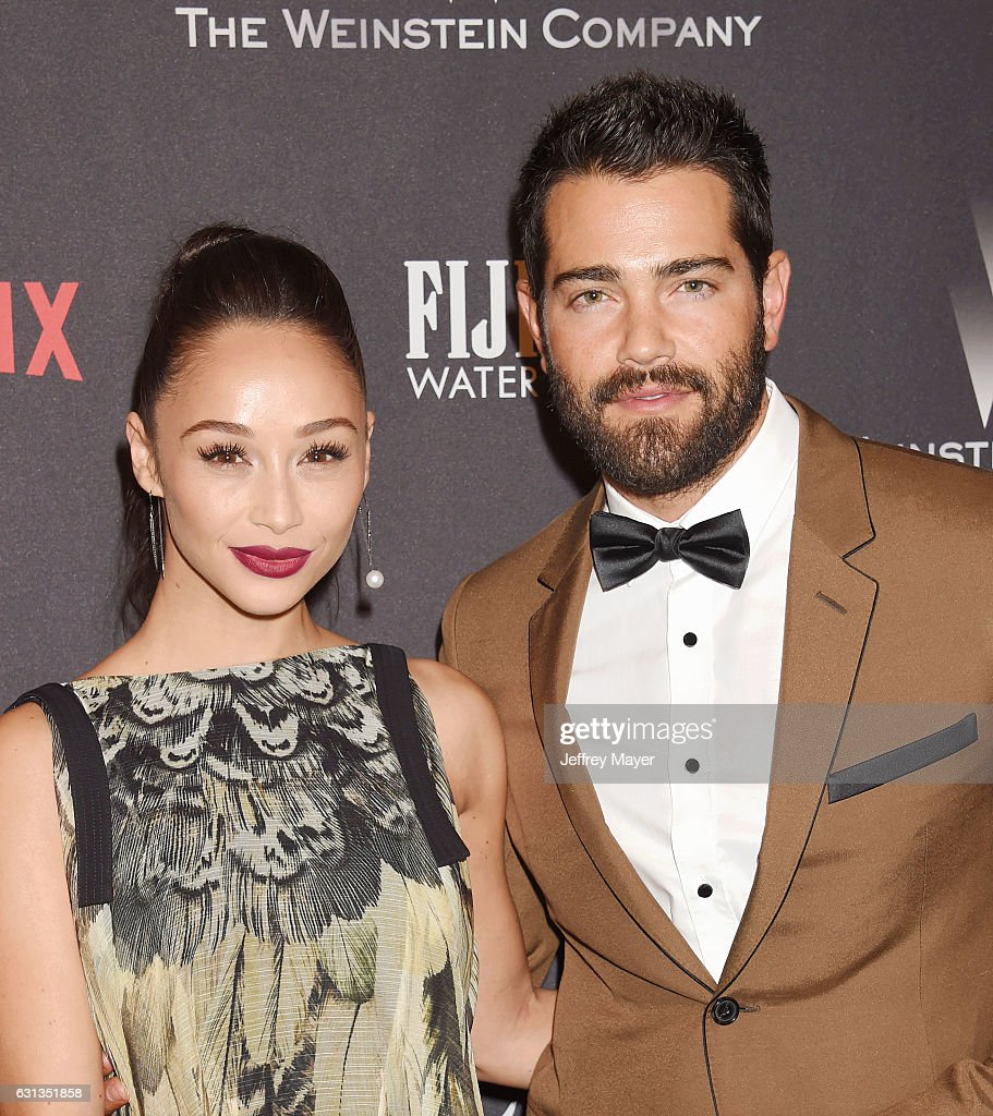 Actors Cara Santana (L) and Jesse Metcalfe attend The Weinstein Company and Netflix Golden Globe Party, presented with FIJI Water, Grey Goose Vodka, Lindt Chocolate, and Moroccan Oil at The Beverly Hilton Hotel on January 8, 2017 in Los Angeles, California