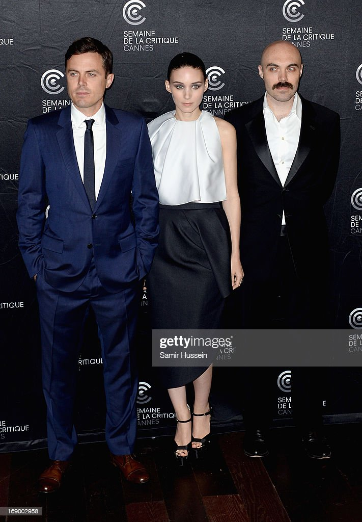 Actors <a gi-track='captionPersonalityLinkClicked' href=/galleries/search?phrase=Casey+Affleck&family=editorial&specificpeople=1539212 ng-click='$event.stopPropagation()'>Casey Affleck</a>, <a gi-track='captionPersonalityLinkClicked' href=/galleries/search?phrase=Rooney+Mara&family=editorial&specificpeople=5669181 ng-click='$event.stopPropagation()'>Rooney Mara</a> and writer/director David Lowery poses during the 'Ain't Them Bodies Saints' Photocall during The 66th Annual Cannes Film Festival at the Palais des Festivals on May 18, 2013 in Cannes, France.