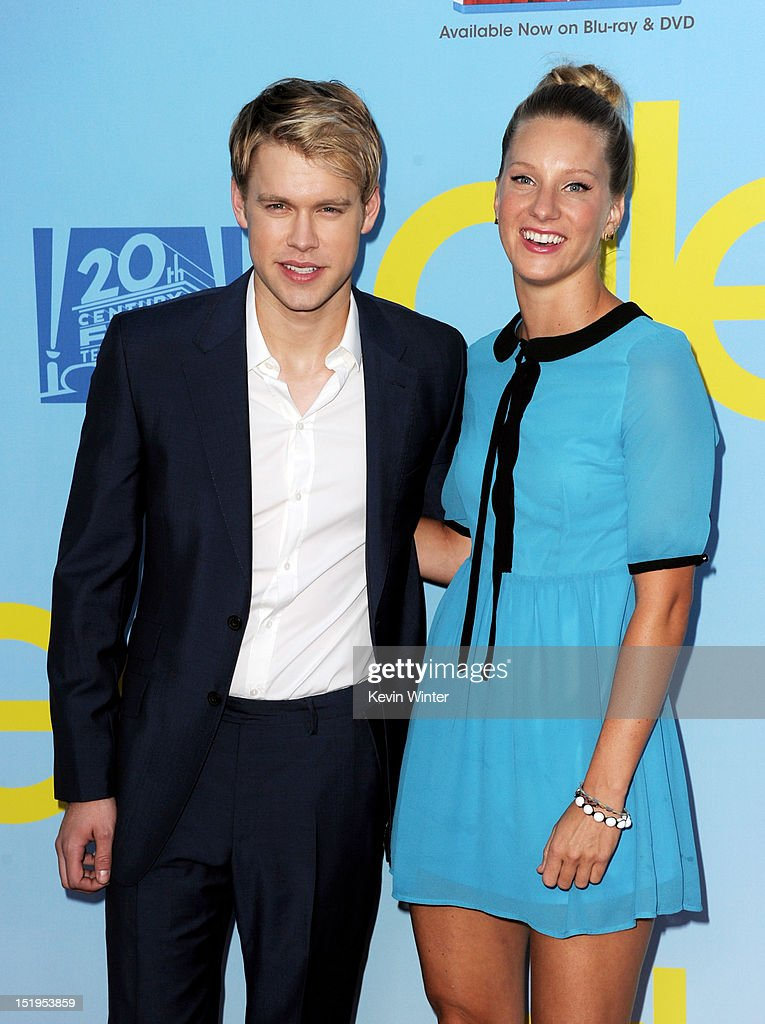 Actors Chord Overstreet (L) and Heather Morris arrive at the premiere of Fox Television's 'Glee' at Paramount Studios on September 12, 2012 in Los Angeles, California.