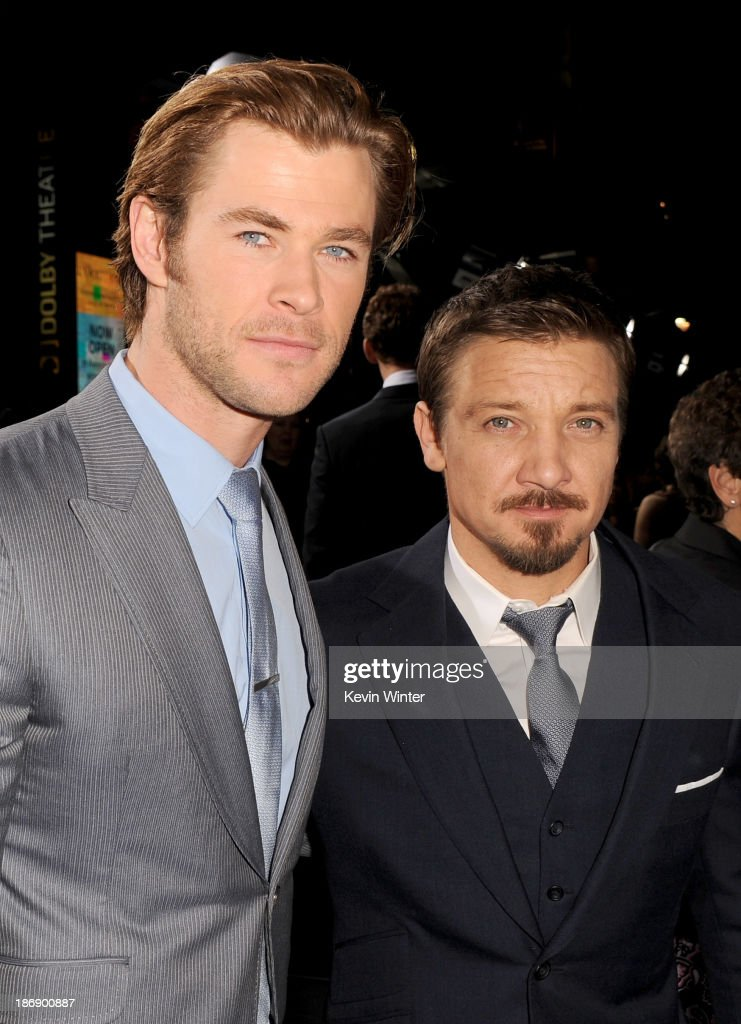 Actors <a gi-track='captionPersonalityLinkClicked' href=/galleries/search?phrase=Chris+Hemsworth&family=editorial&specificpeople=646776 ng-click='$event.stopPropagation()'>Chris Hemsworth</a> (L) and <a gi-track='captionPersonalityLinkClicked' href=/galleries/search?phrase=Jeremy+Renner&family=editorial&specificpeople=708701 ng-click='$event.stopPropagation()'>Jeremy Renner</a> arrive at the premiere of Marvel's 'Thor: The Dark World' at the El Capitan Theatre on November 4, 2013 in Hollywood, California.