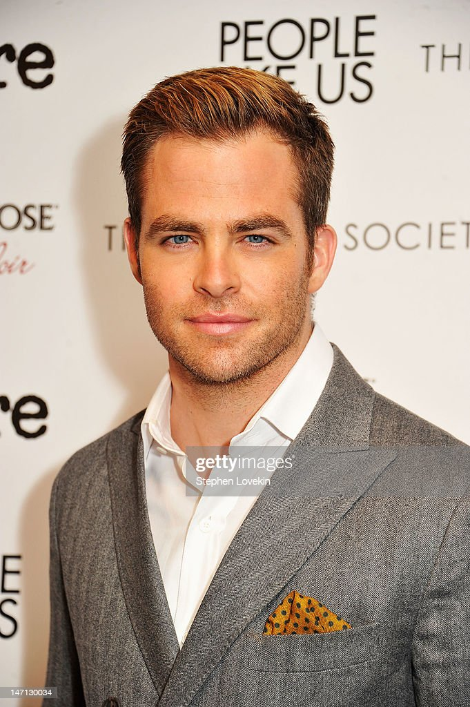 Actors <a gi-track='captionPersonalityLinkClicked' href=/galleries/search?phrase=Chris+Pine&family=editorial&specificpeople=641995 ng-click='$event.stopPropagation()'>Chris Pine</a> attends the Cinema Society with Linda Wells & Allure screening of DreamWorks Studios' 'People Like Us' at Clearview Chelsea Cinemas on June 25, 2012 in New York City.