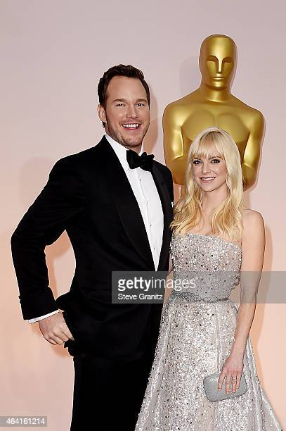 Actors Chris Pratt and Anna Faris attend the 87th Annual Academy Awards at Hollywood Highland Center on February 22 2015 in Hollywood California