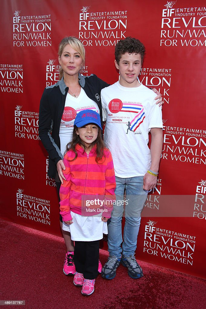 Actors <a gi-track='captionPersonalityLinkClicked' href=/galleries/search?phrase=Christina+Applegate&family=editorial&specificpeople=171273 ng-click='$event.stopPropagation()'>Christina Applegate</a>, <a gi-track='captionPersonalityLinkClicked' href=/galleries/search?phrase=Aubrey+Anderson-Emmons&family=editorial&specificpeople=8203980 ng-click='$event.stopPropagation()'>Aubrey Anderson-Emmons</a> and <a gi-track='captionPersonalityLinkClicked' href=/galleries/search?phrase=Nolan+Gould&family=editorial&specificpeople=5691358 ng-click='$event.stopPropagation()'>Nolan Gould</a> attend the 21st Annual EIF Revlon Run Walk For Women on May 10, 2014 in Los Angeles, California.