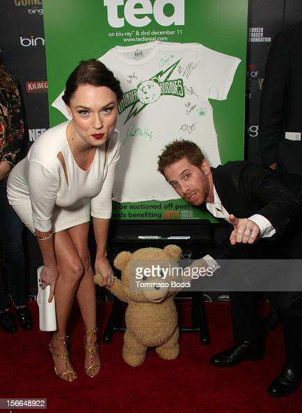 Actors Clare Grant and Seth Green arrive at Variety's 3rd annual Power of Comedy event presented by Bing benefiting the Noreen Fraser Foundation held...