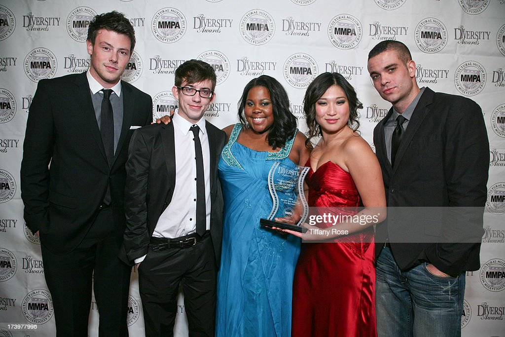Actors Cory Monteith, Kevin McHale, Amber Riley, Jenna Ushkowitz and Mark Salling attend the 17th Annual Diversity Awards Gala on November 11, 2009 at Luxe Hotel in Los Angeles, California.