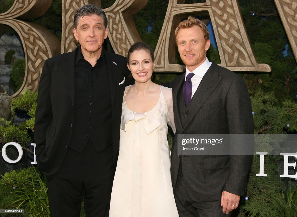 Actors <a gi-track='captionPersonalityLinkClicked' href=/galleries/search?phrase=Craig+Ferguson+-+Talk+Show+Host&family=editorial&specificpeople=204509 ng-click='$event.stopPropagation()'>Craig Ferguson</a>, Kelly Macdonald and <a gi-track='captionPersonalityLinkClicked' href=/galleries/search?phrase=Kevin+McKidd&family=editorial&specificpeople=808099 ng-click='$event.stopPropagation()'>Kevin McKidd</a> arrive at Film Independent's 2012 Los Angeles Film Festival Premiere of Disney Pixar's 'Brave' at Dolby Theatre on June 18, 2012 in Hollywood, California.