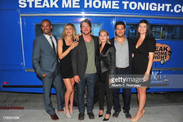 Actors Daman Wayans Jr Eliza Coupe Zachary Knighton Elisha Cuthbert Adam Pally and Casey Wilson attend The Paley Center for Media's An Evening with...