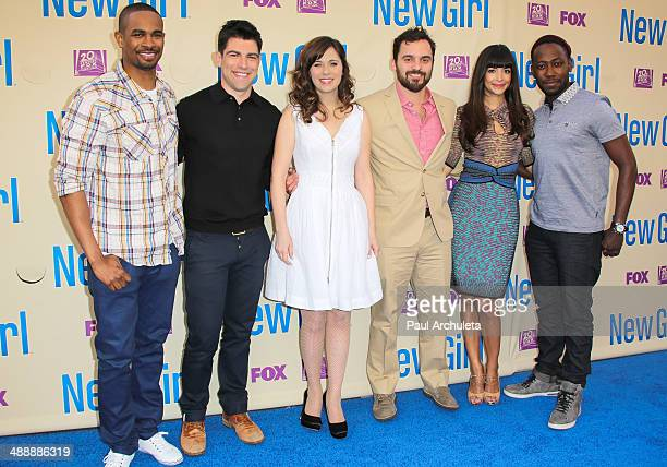 Actors Damon Wayans Jr Max Greenfield Zooey Deschanel Jake Johnson Hannah Simone and Lamorne Morris attend the 'New Girl' season 3 screening and cast...