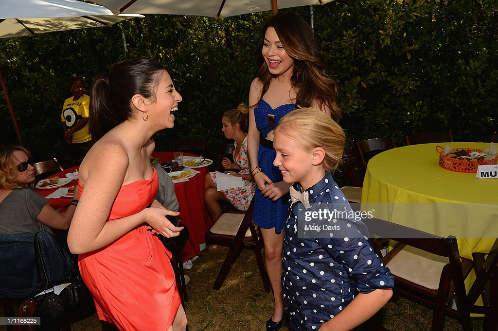 Actors Dana Gaier, <a gi-track='captionPersonalityLinkClicked' href=/galleries/search?phrase=Miranda+Cosgrove&family=editorial&specificpeople=709215 ng-click='$event.stopPropagation()'>Miranda Cosgrove</a> and Elsie Kate Fisher attend the premiere of Universal Pictures' 'Despicable Me 2' after party held at Universal City on June 22, 2013 in Los Angeles, California.