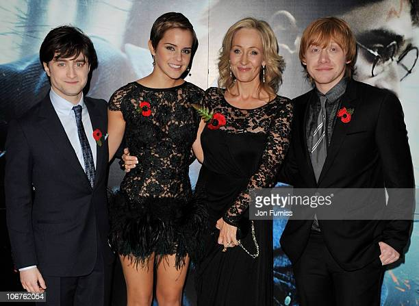 Actors Daniel Radcliffe Emma Watson author J K Rowling and Rupert Grint attend the world premiere of 'Harry Potter and The Deathly Hallows' at Odeon...