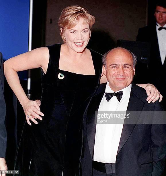 Actors Danny DeVito and Kathleen Turner circa 1993