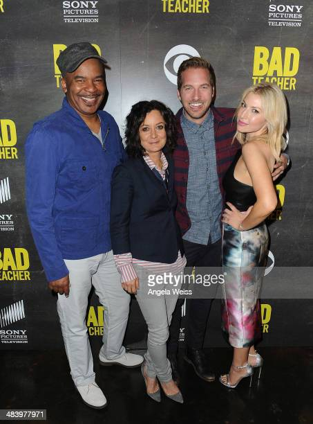 Actors David Alan Grier Sara Gilbert Ryan Hansen and Ari Graynor attend a CBS Sony premiere event to kick off the new comedy series 'Bad Teacher' at...