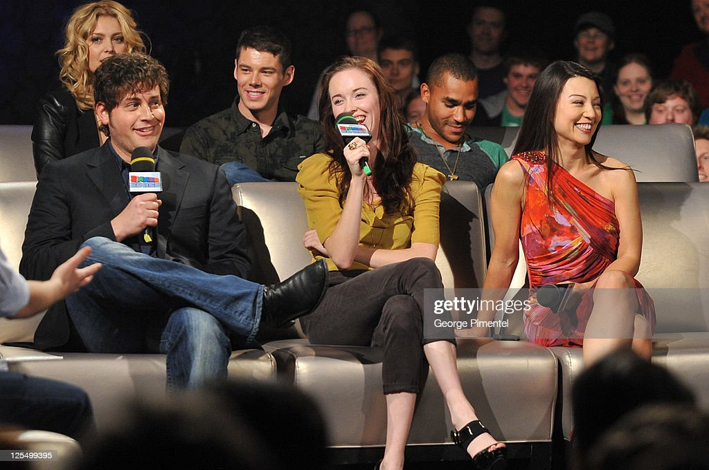 Actors David Blue, Elyse Levesque and Ming-Na attend the Innerspace Stargate Universe Special at the Masonic Temple on November 12, 2010 in Toronto, Canada.