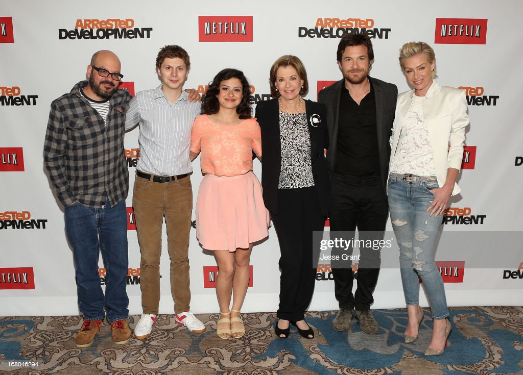 Actors David Cross, <a gi-track='captionPersonalityLinkClicked' href=/galleries/search?phrase=Michael+Cera&family=editorial&specificpeople=226654 ng-click='$event.stopPropagation()'>Michael Cera</a>, <a gi-track='captionPersonalityLinkClicked' href=/galleries/search?phrase=Alia+Shawkat&family=editorial&specificpeople=206872 ng-click='$event.stopPropagation()'>Alia Shawkat</a>, <a gi-track='captionPersonalityLinkClicked' href=/galleries/search?phrase=Jessica+Walter&family=editorial&specificpeople=220269 ng-click='$event.stopPropagation()'>Jessica Walter</a>, <a gi-track='captionPersonalityLinkClicked' href=/galleries/search?phrase=Jason+Bateman&family=editorial&specificpeople=204774 ng-click='$event.stopPropagation()'>Jason Bateman</a> and <a gi-track='captionPersonalityLinkClicked' href=/galleries/search?phrase=Portia+de+Rossi&family=editorial&specificpeople=204197 ng-click='$event.stopPropagation()'>Portia de Rossi</a> attend The Netflix Original Series 'Arrested Development' Press Conference at Sheraton Universal on May 4, 2013 in Universal City, California.