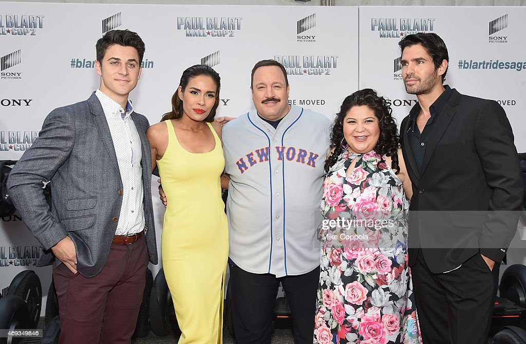 Actors David Henrie Daniella Alonso Kevin James Raini Rodriguez and Eduardo Verastegui pose for a picutre at the 'Paul Blart Mall Cop 2' New York...